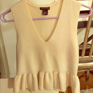 Club Monaco sleeveless sweater top Merino Wool